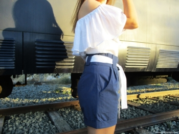 pantalón corte zanahoria camisa off shoulder camisa sin hombros LOOKS AND DIY