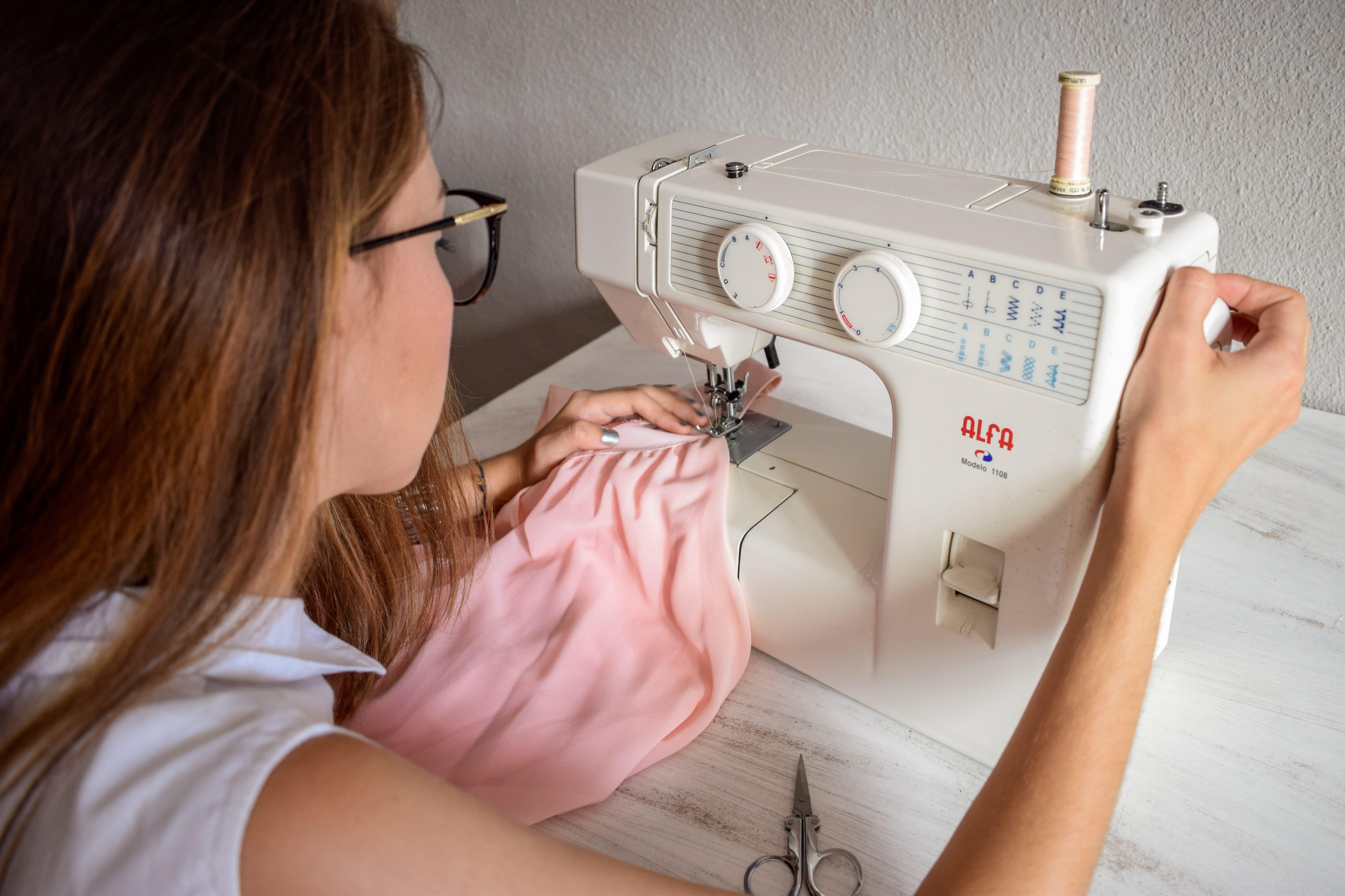 ¿Qué máquina de coser comprar? Consejos y recomendaciones