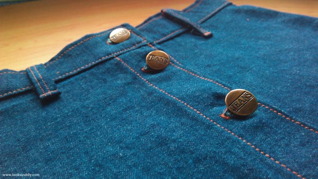 6 falda vaquera con botones