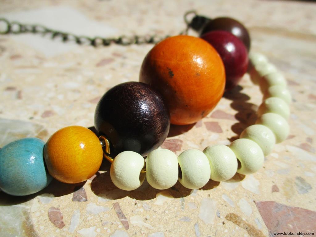 5 DIY collar con bolas de madera-min